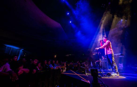 Kevin Garrett @ Hollywood Palladium 10/1/19. Photo by Derrick K. Lee, Esq. (@Methodman13) for www.BlurredCulture.com.