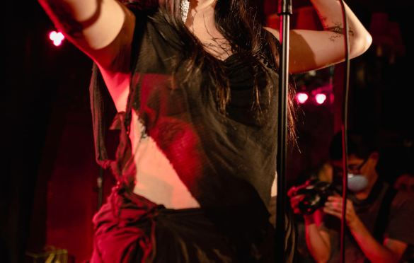 DeathbyRomy @ Bar Lubitsch for We Found New Music 7/8/21. Photo by Derrick K. Lee, Esq. (@Methodman13) for www.BlurredCulture.com.