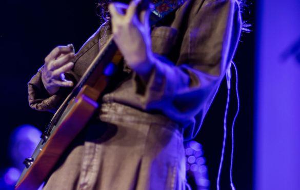 Alicia Blue at Teragram Ballroom 8/19/21. Photo by Derrick K. Lee, Esq. (@Methodman13) for www.BlurredCulture.com.