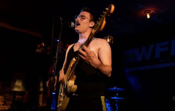 Zee Machine @ Bar Lubitsch for We Found New Music 8/12/21. Photo by Derrick K. Lee, Esq. (@Methodman13) for www.BlurredCulture.com.