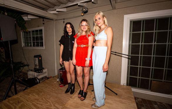 Alicia Blue, Kat Hamilton & Talker at LA Music Scene Private Party 8/28/21. Photo by Derrick K. Lee, Esq. (@Methodman13) for www.BlurredCulture.com.