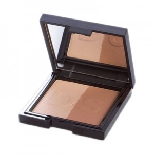 Sculpt and Contour Face Powder Daniel Sandler