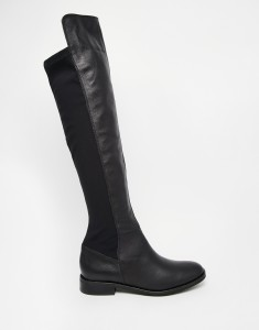 Over knee flat boots