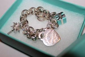 tiffany-bracelet-in-box