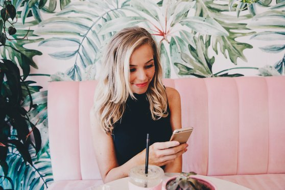 blushing-in-hollywood-dating-tinder-tips-blog
