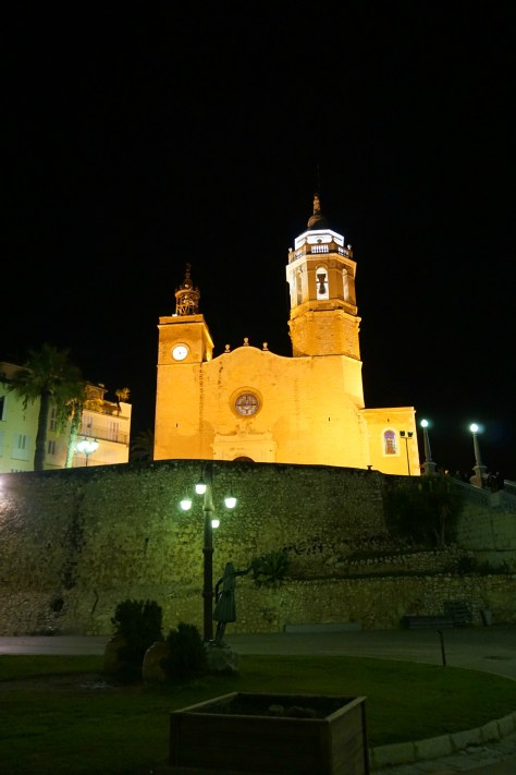 Sitges, Spain is a must-see gorgeous little beach town 30 minutes outside of Barcelona.