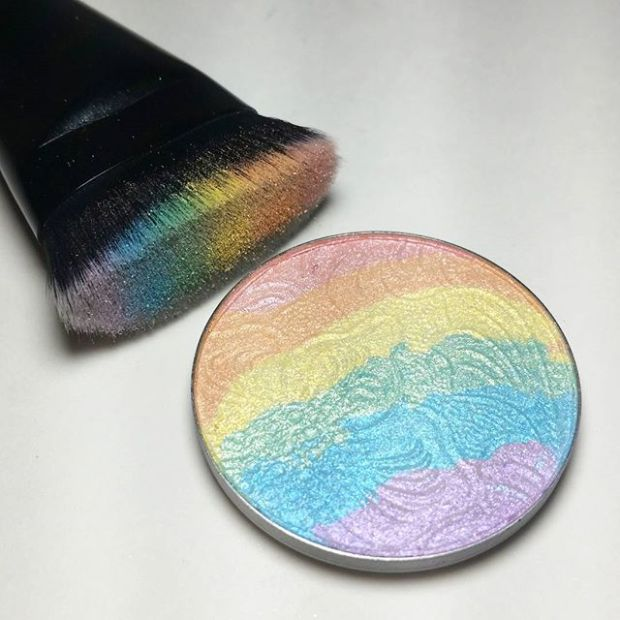 rainbow-highlighter-bitterlacebeauty