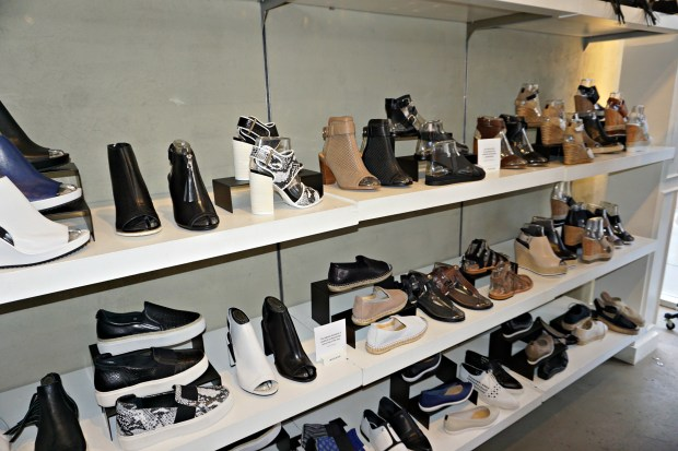 rudsak-toronto-queen-st-west-shoes-store-shopping