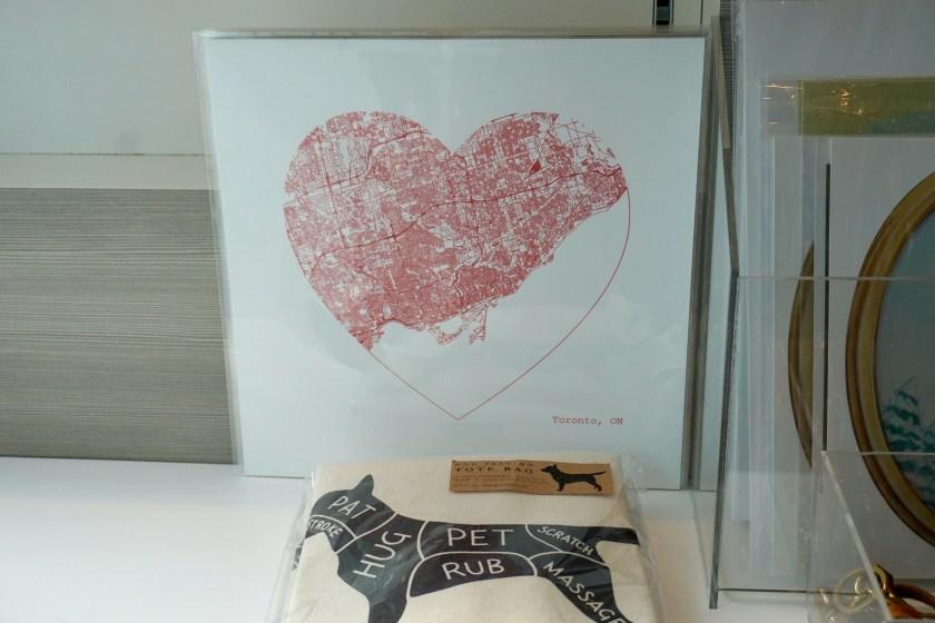 tiff-store-toronto-heart-picture