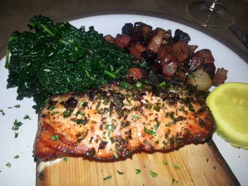 pace-restaurant-cedar-grilled-salmon