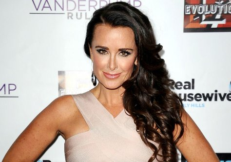 Kyle Richards showing some beautiful shiny curls at a Vanderpump Rules premier.