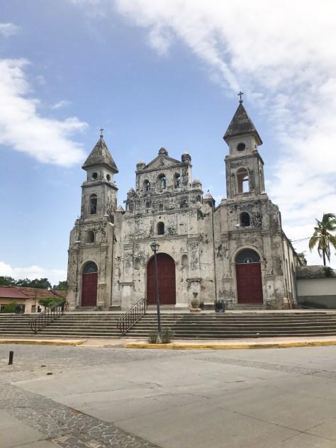 iglesia-de-guadalupe-church-granada-nicaragua