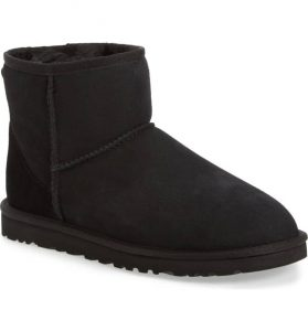UGG Classic Mini Boot in Black