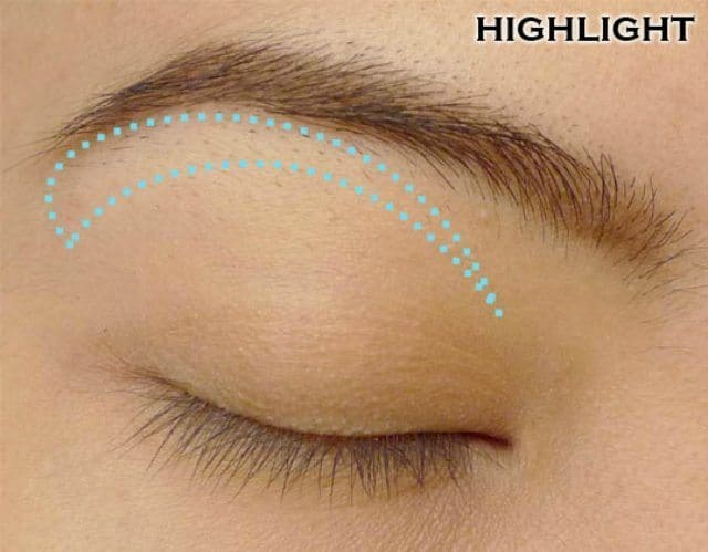 How can you use Golden Eyeshadow in different ways? 4
