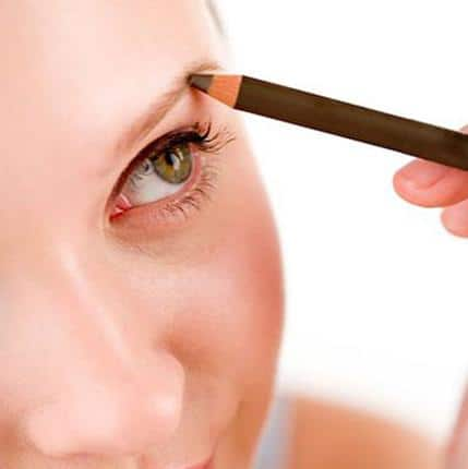 Shaping your eyebrows, the right way 6