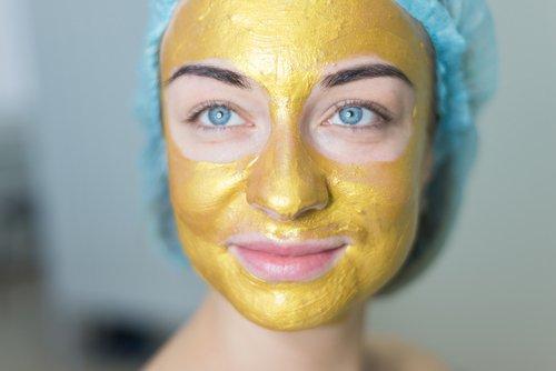 Gold Facial at Home 3