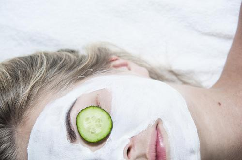 Here Are Some DIY Treatments To Tighten Your Skin 4