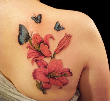 Women With Best Tattoo Designs 5