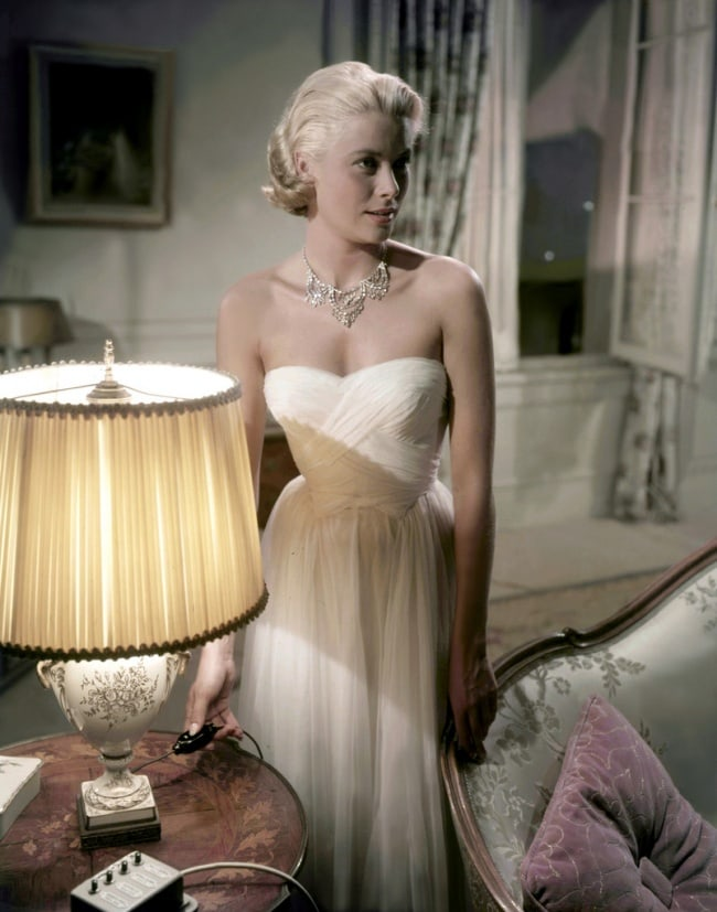 15 Best And Iconic Dresses Of All Time 4