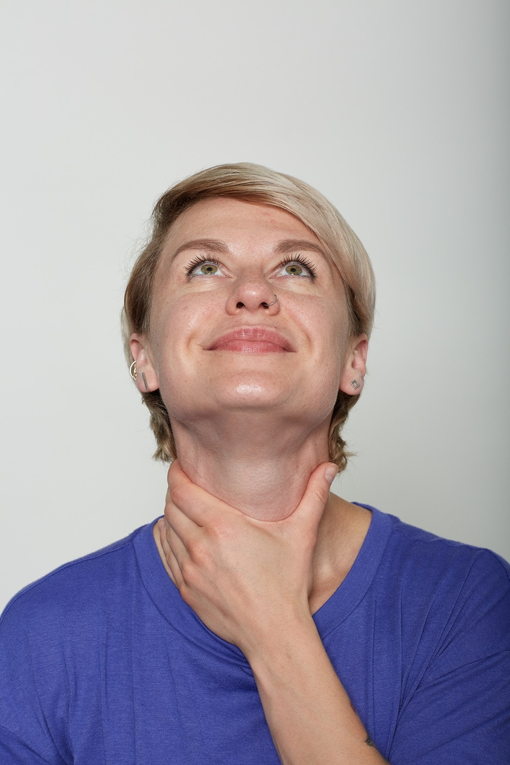 10 Basic Facial Exercises That Will Not Let You Visit To A Plastic Surgeon 12