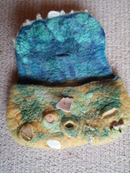 seashore felt purse wool silk shells 2 blythwhimsies 2015-12-01 14.58.43