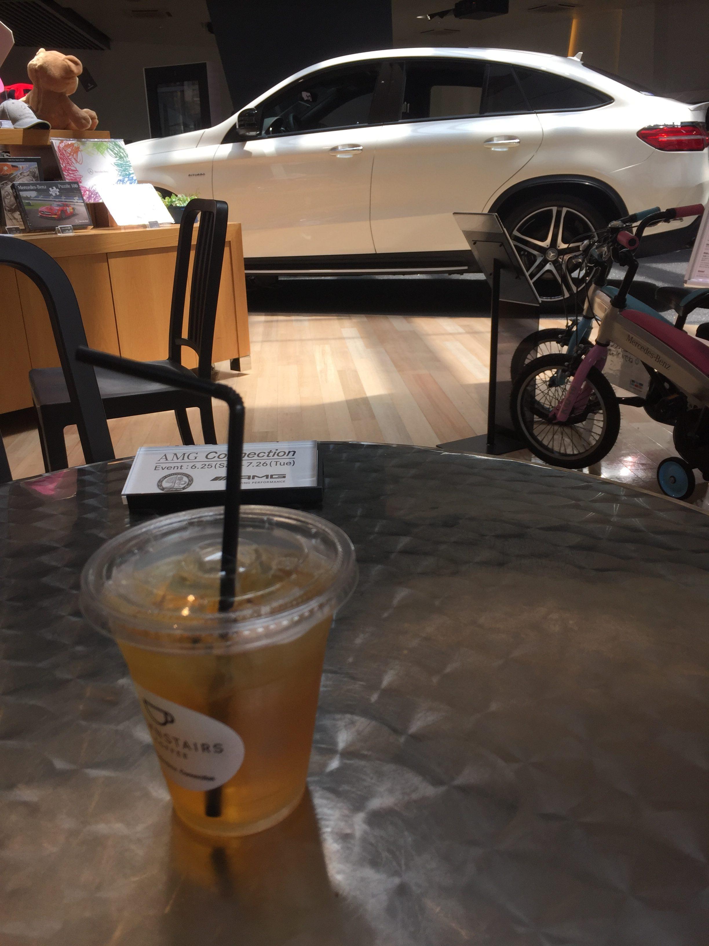 メルセデスベンツ カフェ