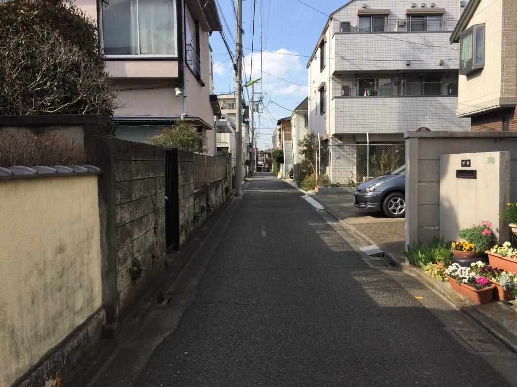 駒沢大学前 カフェ ニト 店前