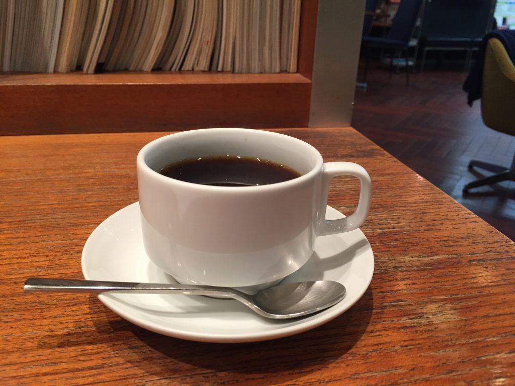 駒沢大学前 電源カフェ TOKYO People`s Cafe 駒沢店