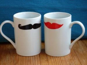 """Moustache – Artikel mit """"Kiss me, Moustache"""""""