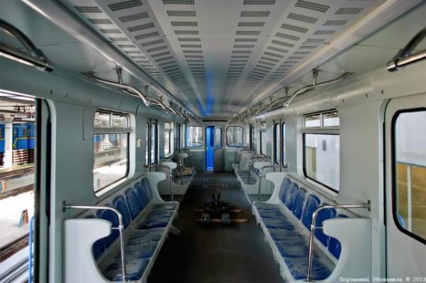 В киевском метро запустят поезда-пришельцы (ФОТО ...