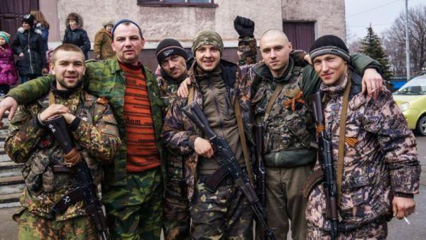 В Брянке обнаружены тела 17 мирных жителей убитых