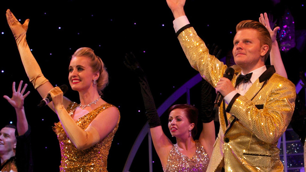 Experience Rob Mills, Ritz And Glamour With Puttin' On The Ritz
