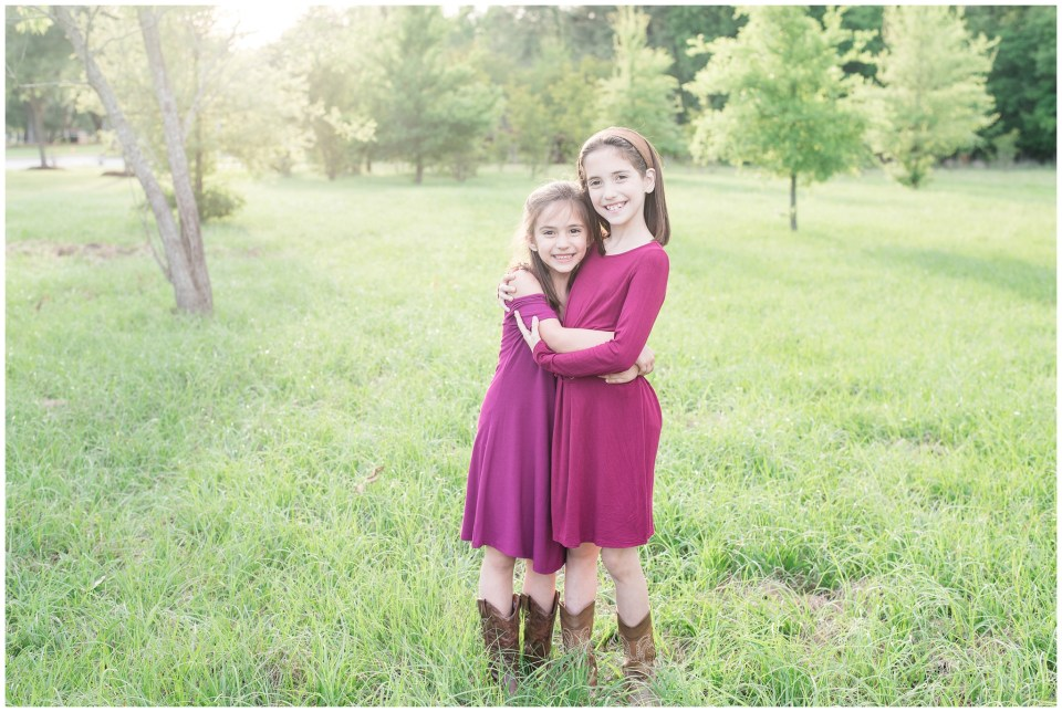 Kingwood family photographer portrait session with four cousins ages 3 months to 8 years old
