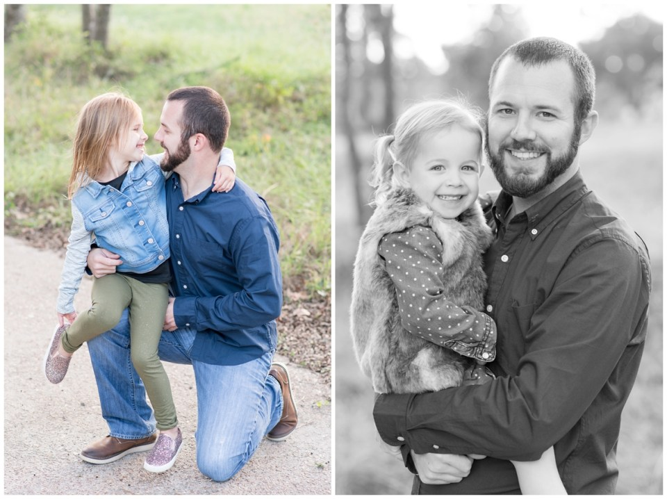 Kingwood family portrait session with family of five in green, natural setting