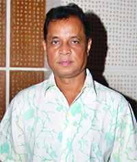 চলচ্চিত্রে মোহন খান