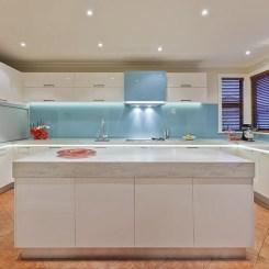 marble-modern-kitchen