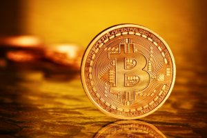 "Bitcoin ""Is A Bubble""… But Gold Is Money Says World's Biggest Hedge Fund Manager 