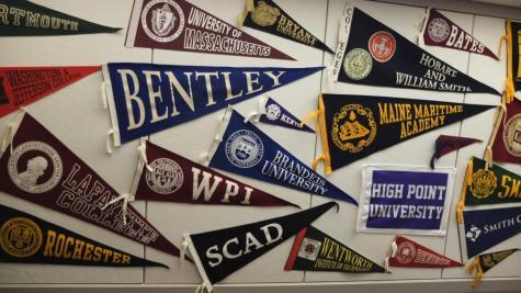 Seniors Offer Advice as Juniors Start College Counseling