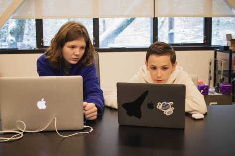 Sam Peloquin '23 and Daniel Murray '23 collaborate on their final project for Digital Fabrication in the Steam Lab.