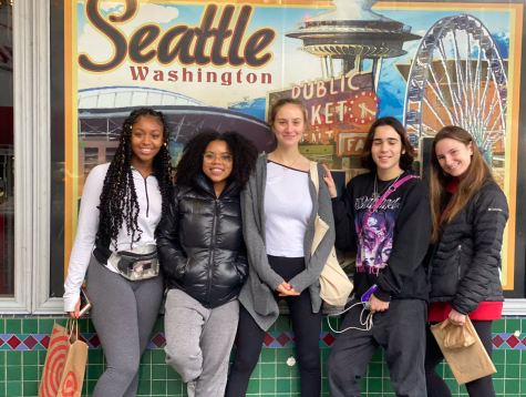 (L-R) Stephanie Cranmore '21, Sade Latinwo '20, Ella Meranus '20, Zachary Ginsberg '22, and Claire Masterson '20 enjoy the sights in Seattle after the Student Diversity Leadership Conference. Photo courtesy of Jessica Christian.