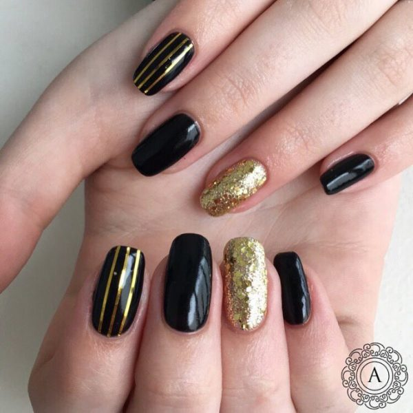 Simple Striped Black And Gold Nail Art Bmodish