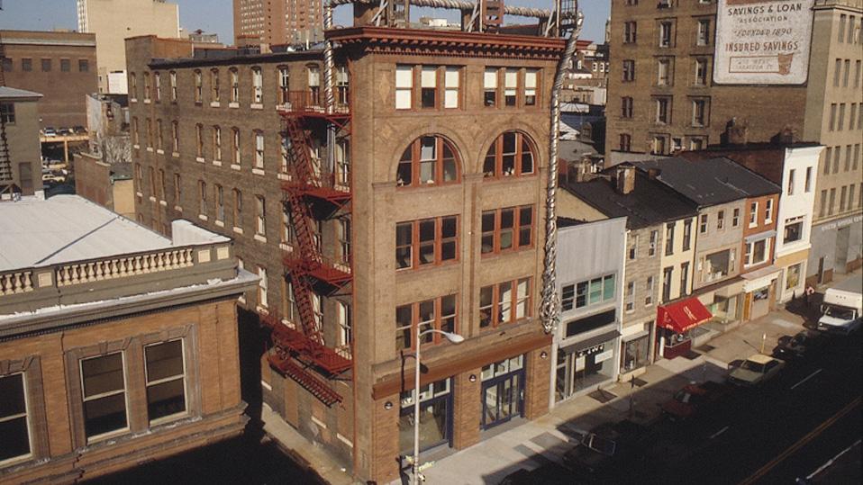 218 building1