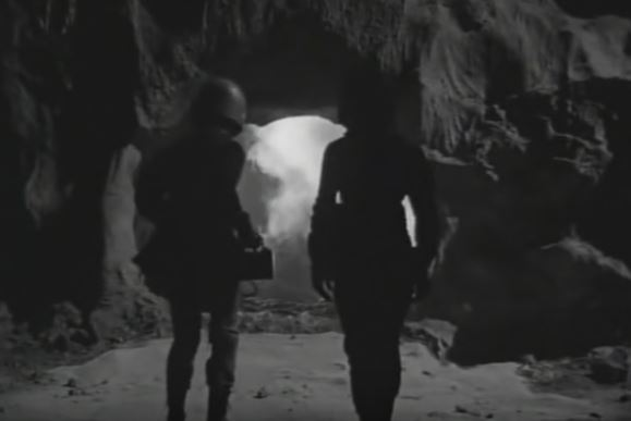 #BMovieManiacs Event: Twelve to the Moon