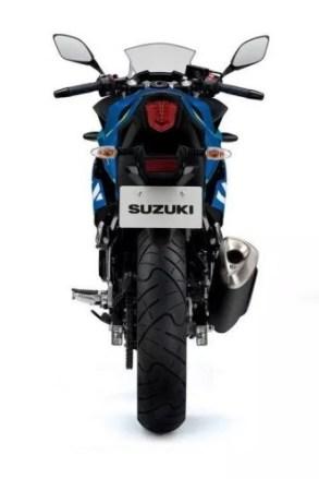 tampak belakang Suzuki GSX-250R