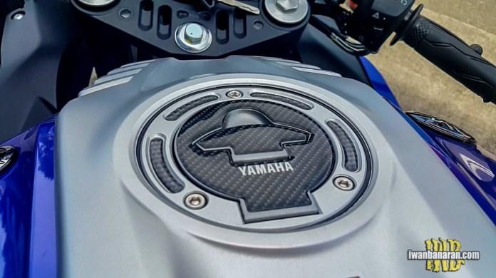 Aksesoris-Yamha-R15-VVA-2017-Fuel-Tank-BMSPEED7.COM_