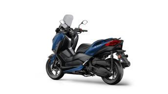 2018-Yamaha-XMAX-125-ABS-EU-Phantom-Blue-Studio-005
