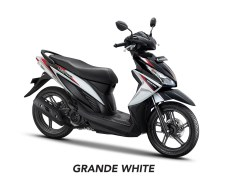 All New Honda Vario 110 Terbaru 2018 warna Grande White/Putih-Hitam Striping Merah