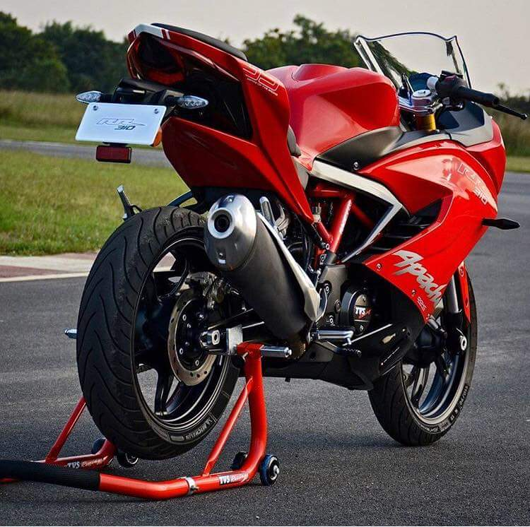 TVS-Apache-RR-310-2018-RED-Rear-View-BMSPEED7.COM_