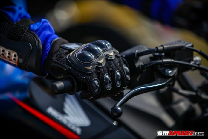 sarung tangan protector