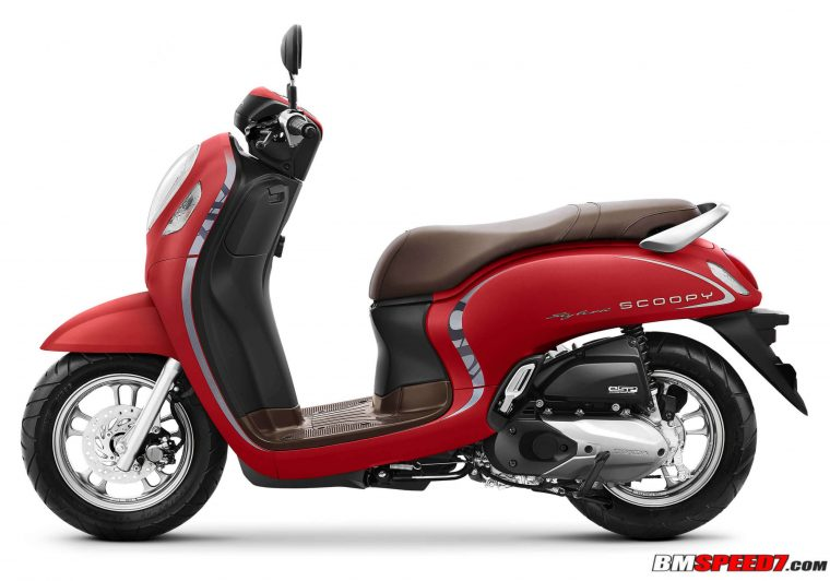 Warna Scoopy 2021 Merah